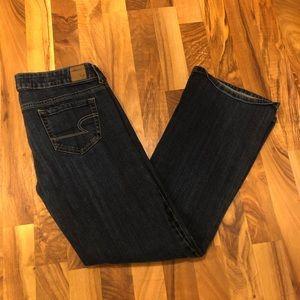 American Eagle favorite boyfriend jeans size 8S
